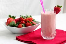 Creamy Strawberry Milkshake / Tantalize your taste buds in this summer with a refreshing and creamy Strawberry Milkshake that is just a blend of coconut milk, vanilla extract, fresh strawberries and honey.
