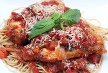 frozen chicken breast in crockpot / Food