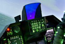 Idée cadeau / Simulateur d'avions de chasse sur Aix-en -Provence. Activité ludique et divertissante. Accueil très agréable  et moniteur expérimenté.