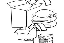 Universal - Storage Tip / Use the smaller boxes for heavy items and the large boxes for lighter items like bedding and blankets.