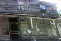 Rough beauty: abandoned houses