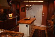 Wood Counter Tops in Kitchen / Visit http://heartpine.com
