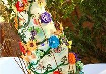 Cakes / by Christy Johari