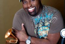 A Tribute to Frankie Knuckles / The House that Frankie built - the legendary creator of House Music has left us #RIPFrankieKnuckles Lost but never forgotten. http://www.creation.com.es/creation5app/en/frankie-knuckles/