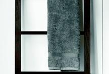 Bad-Accessoires - bathroom accessories / Alles fürs Bad. Badaccessoires, #Badteppiche - Einrichtungsideen.