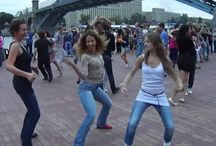 Russian girls dancing reggaeton. Moscow salsa open-air 2012