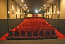 project :: queen theatre interior / by René Graham