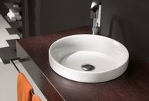 Lavabos en versión pequeña / Aquí podrás ver algunos de nuestros diseños de lavabos de un tamaño pequeño.