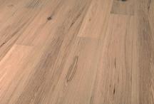 Solidfloor Originals Kollektion / Die Holzböden der Solidfloor Originals Kollektion mit ihren natürlichen Tönen bilden die Grundlage des Solidfloor Parkettsortiments. Diese eleganten Böden passen zu jedem Einrichtungsstil.