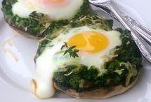 jaja szpińaku pieczarka