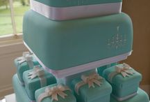 How to do a Tiffany Blue Wedding With Bling / Tiffany Blue Wedding Invitations and Tiffany Blue Wedding Ideas With Wedding Bling.