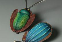 Šperk keramický