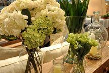 Arranjos florais / Arranjos de flores em vasos, jarras...