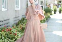 Baju pesta hijab