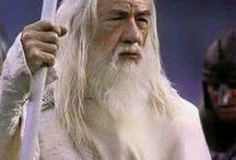 Chiste de Gandalf , Clash royale, fútbol , minerales y mucho más