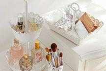 Alexandra's bedroom / Organising