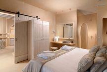 Suites & Villas