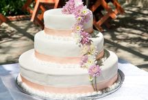 Wedding Cakes / Covered in Fondant