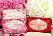 Pretty In Pink / NEW! Nesti Dante Le Rose Collection - With Rosa Canina for softening and smoothing. A natural vegetable bar soap with a delicious light floral fragrance that will make you smile with pleasure. 150g