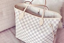 Bags / by Emilee Guernsey