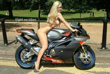 Pinup Moto Italy