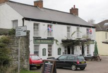 The Woodman Inn Parkend / A traditional country Inn located in Parkend, at the heart of the Forest of Dean.  Bordered to the West by the River Wye, and to the East by the River Severn.