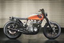 Custom motos