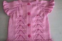 Kız Bebekler için Örgü Giysiler