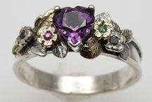 Jewelry & Fashion / Jewelry