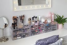 Decor Inspiration - Office/Vanity Area