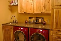 Laundry Rooms & Mudd Room / by Leslie Boyles