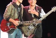 Neal  Schon / A Greatest Guitarist Of Journey.