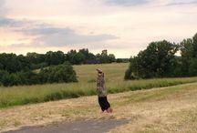 Rocket Yoga / Rocket Yoga: Asanas and amazing places to practice yoga.