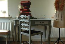 Old Cottage Interiors / by Christie Scibior