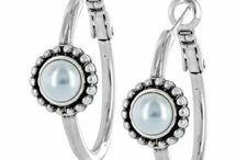 jewelry / by Sandi Brand