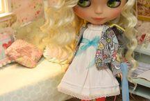 }-Blythe Dolls-{ / by Viviany (^;^) Reyes