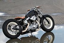 is not jus vintages this is oldskool / #motorcycle #custom #bikes #custombike #bobber #HarleyDavidson