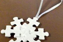 Puzzle Crafts / Inexpensive craft projects with jigsaw puzzle pieces
