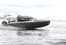 XO 270 FRONT CABIN OUTBOARD / Our flagship with with front cabin and outboard  The XO 270 Front Cabin OB with extra comfort for longer adventures.  This model has the added safety and manouverability of two engines.  The boat can also be fitted with single outboard.