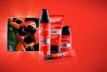 Los mejores tratamientos para hombre Yves Rocher / Encuentra aquí los mejores cuidados y tratamientos para hombre de la Cosmetique Vegetale ®. ¡Ellos también se cuidan!