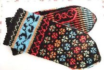 Knitted mittens / Virkade vantar