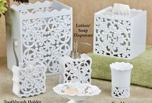 Vintage Allure Home Decor / Nostalgia lovers will be enchanted by this vintage-inspired home decor. Let yesteryear bloom in your home with dreamy, delicate laces, regal wall accents, and grand area rugs.