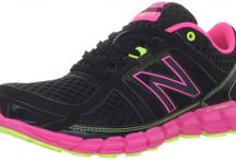 Best Exercise Shoes for Women with Wide Feet /  I compiled this list of the year's--2016--best/most comfortable exercise shoes for women with wide feet and those of us who find comfortable aerobic shoes elusive.