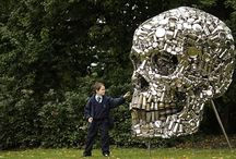 Skulls and Skeletons / Art and crafts with skulls and skeleton