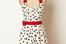 Aprons...pretty and functional / Aprons