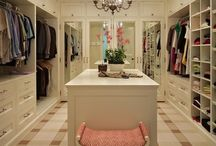 Master Closets / Dreamscape Homebuilders