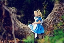Party - Alice in Wonderland / Possible theme idea for my daughters 2nd birthday party
