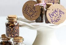 wedding favors / ideas and inspirations for creative and alternative wedding favors