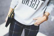 Style // Graphic Sweatshirt