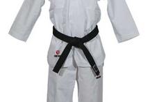 Taekwondo Dragt / by Kamp Sport